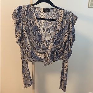 Vici Tie front snake skin blue cropped blouse
